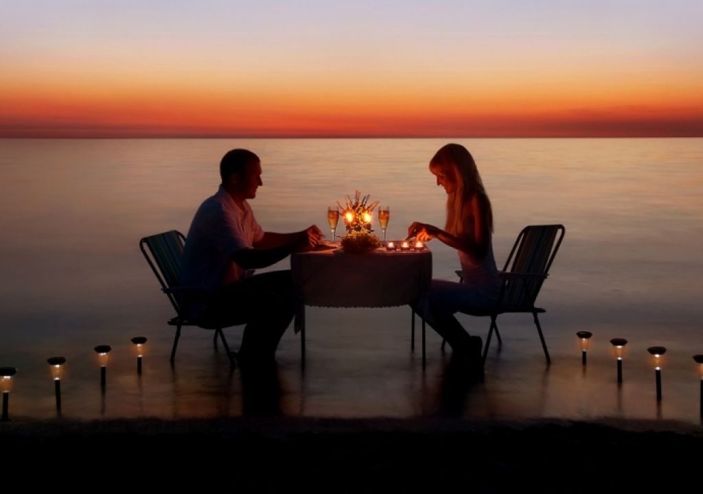 Imagem da notícia: - Is your love story worthy of a movie screen?