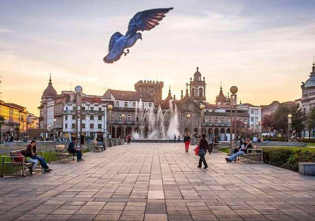 Imagem da notícia: - Viver em Braga é...um orgulho!