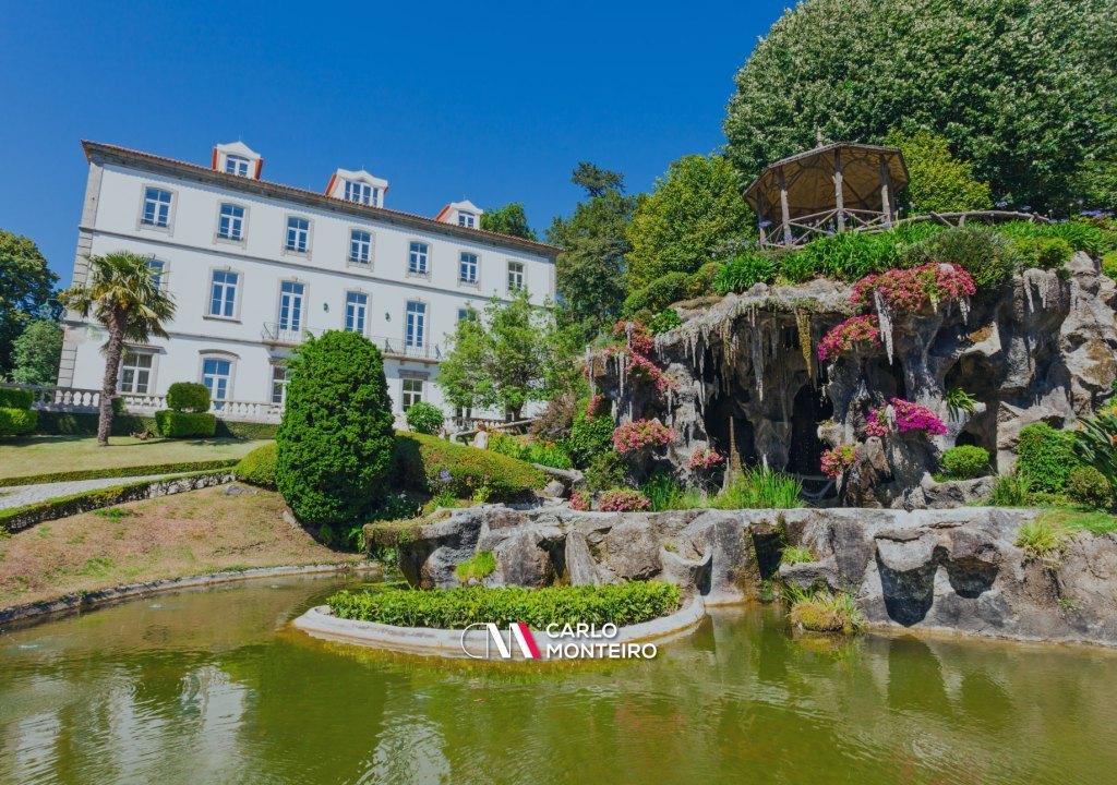 Imagem da notícia: - Portugal é o melhor país a visitar na Europa em 2021