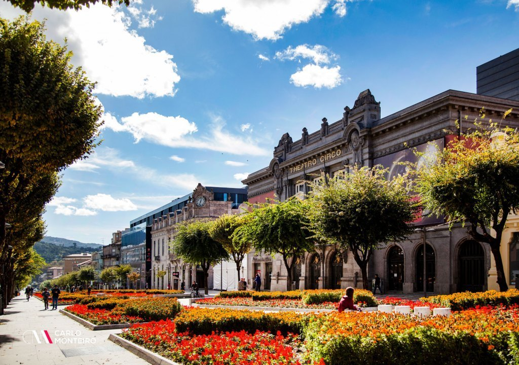 Imagem da notícia: - Tourism accelerates in Braga. It is the county that attracts the most tourists!