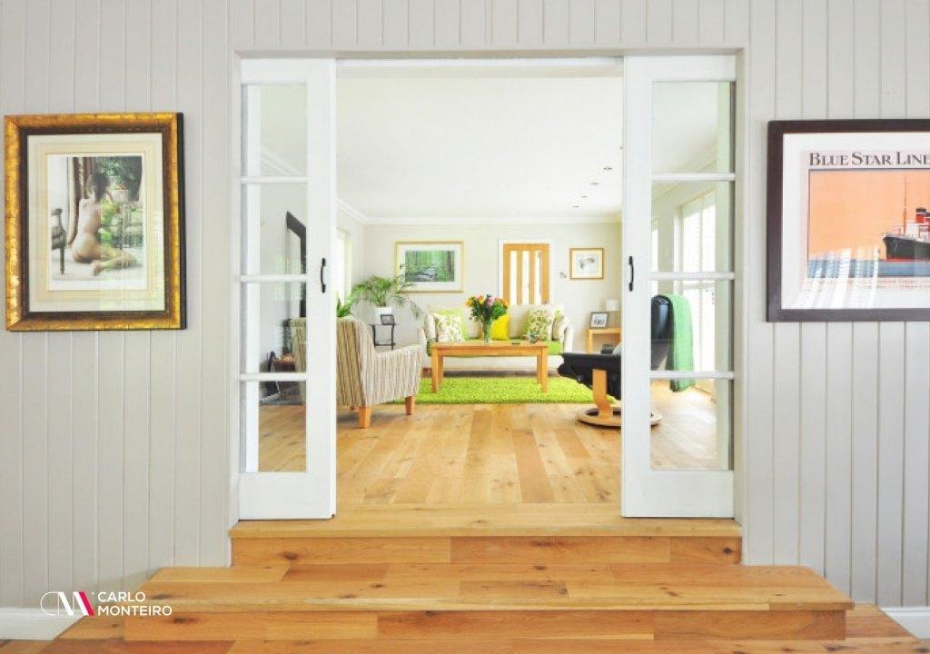 Imagem da notícia: - Obras em casa: estas 7 remodelações custam menos de 1.000 euros