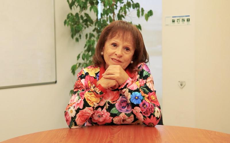 Testemunho - Elvira Araújo